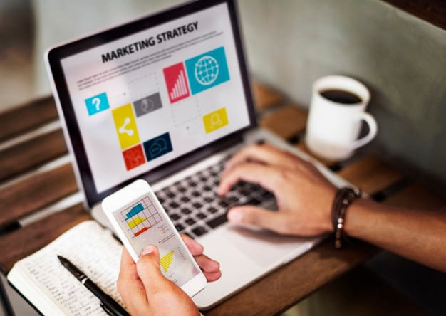 marketing strategy connting digital devices concept 53876 23053 - Бизнес идеи